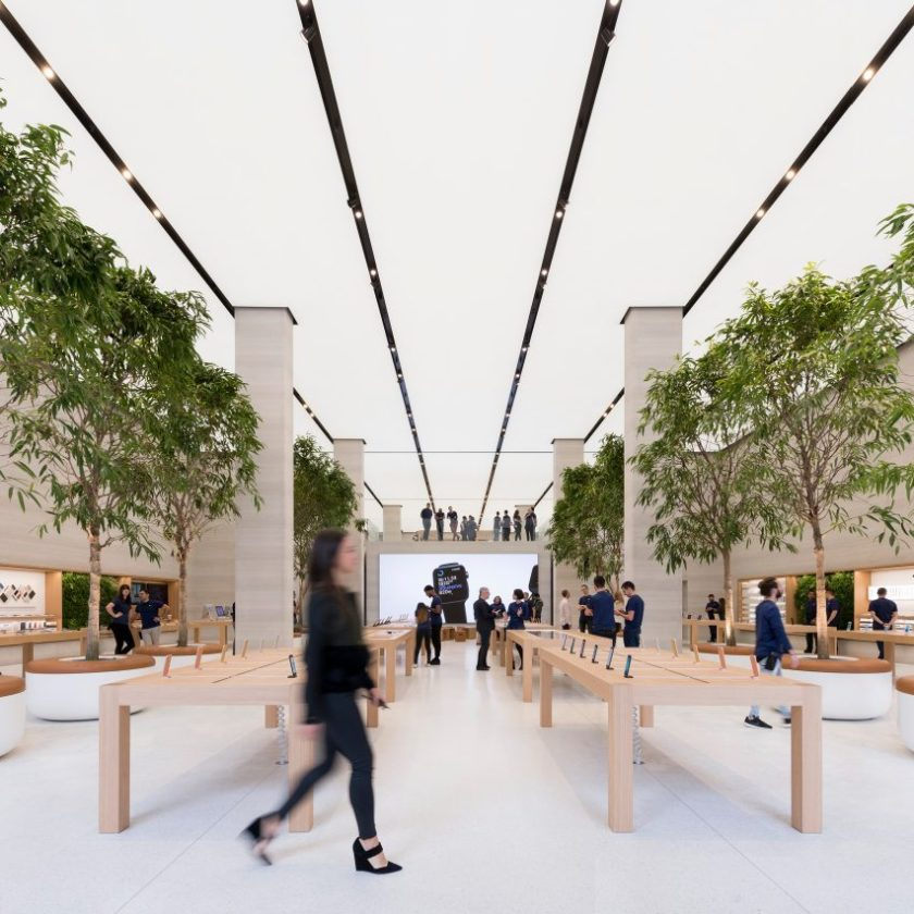 apple-store-foster-partners-dezeen-mail-sq